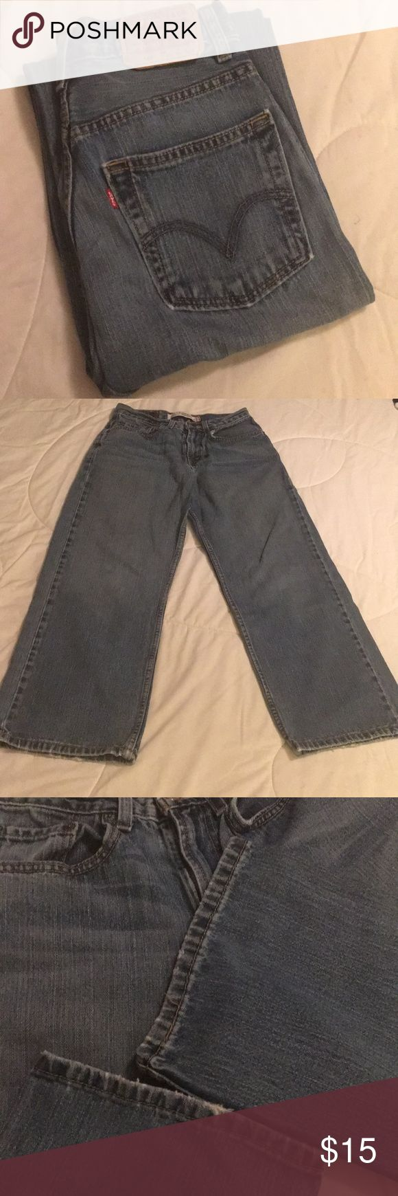 """Levi's 569 Loose Straight Leg Jean Levi's 569 Loose Straight Leg Jean with Approx 25"""" Inseam.  Showing some wear at hem and Pockets.  Very soft and comfy Levi's Jeans Straight Leg"""