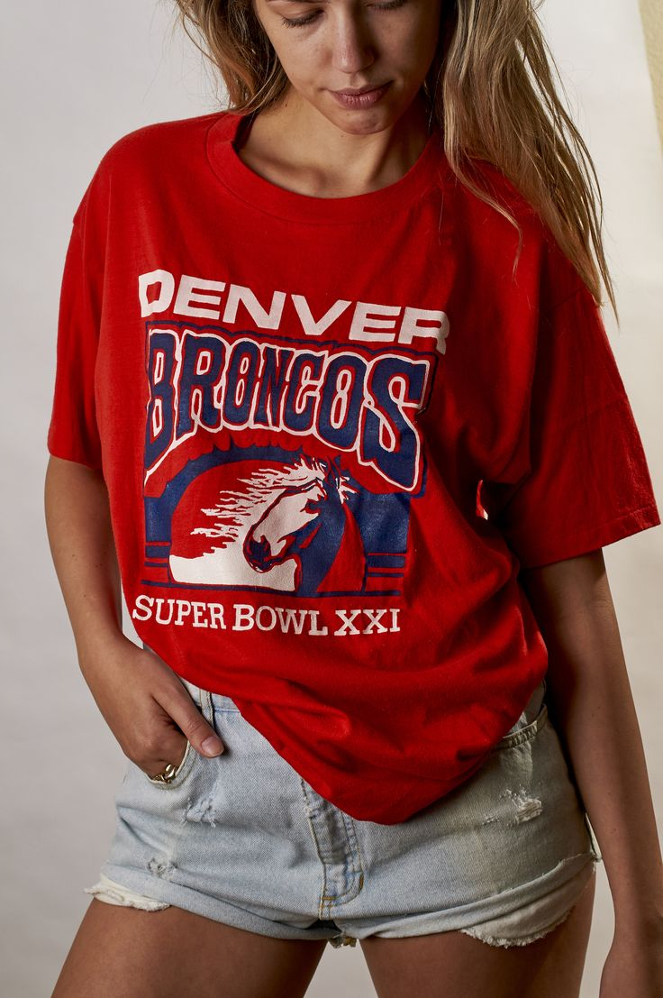 Vintage 1987 Denver Broncos Super Bowl XXI Tee #baddenimlv #vintagetee #vintagelove #vintageshop #vintagetshirt #wranglers #levis #broncos #superbowl