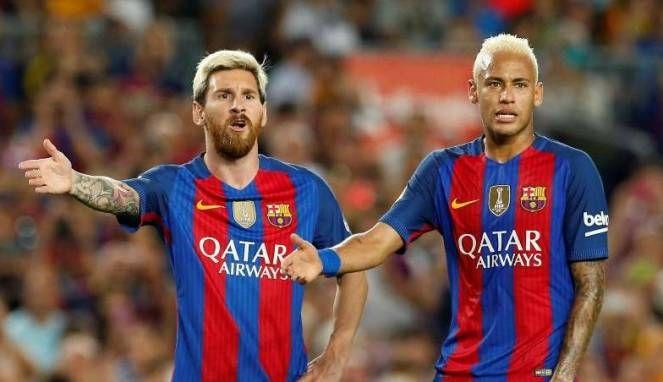 Ragam: Neymar Lempar Pujian Untuk Rambut Baru Messi -  http://www.football5star.com/ragam/ragam-neymar-lempar-pujian-untuk-rambut-baru-messi/88653/