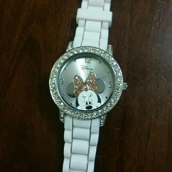 Minnie mouse watch Beautiful brand new disney watch Jewelry