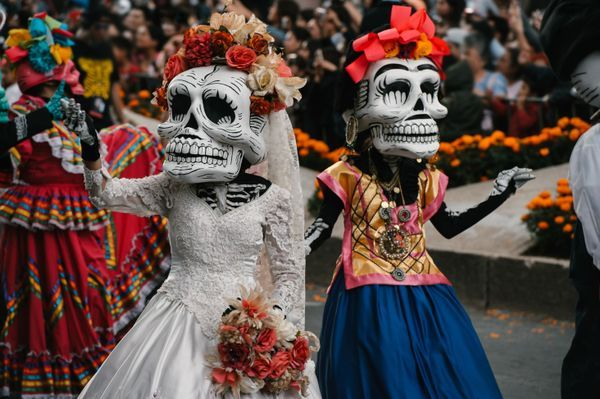Halloween Haunted Tour Of Island Of The Dolls In Mexico Day Of The Dead Dia De Los Muertos Mexico