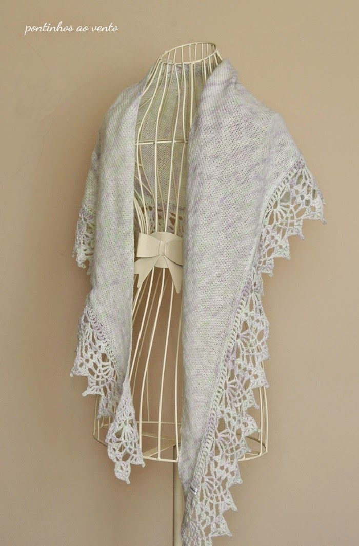 handknited shawl with handpainted wool pontinhos ao vento: Sorvete de Hortelã & Alfazema