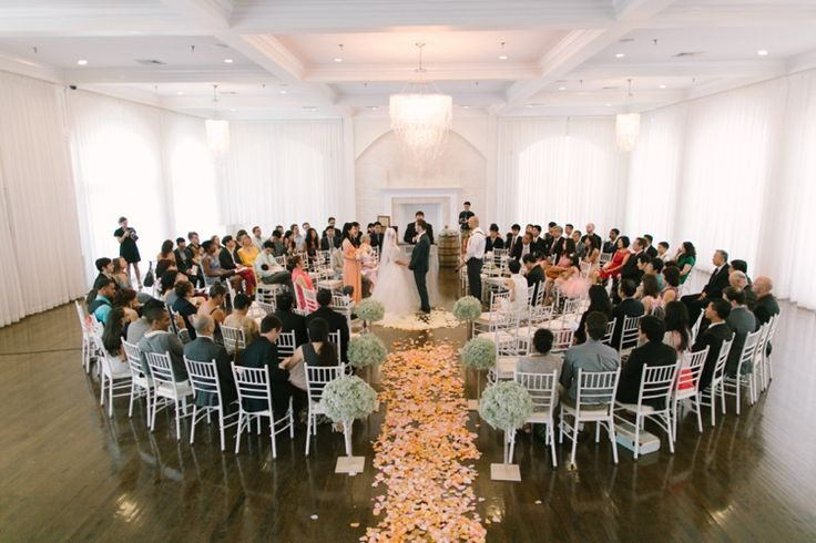 i love the intimate circle set-up for the ceremony! // Ruth Eileen Photography