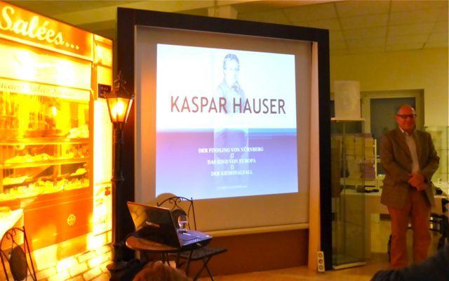 Kaspar Hauser. Eine unendliche Geschichte Referent: Ulrich Flechtner – Der Findling von Nürnberg – Das Kind Europas – Der Kriminalfall – Das immer noch ungelöste Rätsel http://philosophischer-Salon-Frankfurt-main.de/ -- #PhilosophischerSalon #KasparHauser #Legende #DNA #Mord #Kriminalfall #Zarentochter #Romanowa #Chaos #Philosophie #Frankfurt #Events #FrankfurtEvents #Veranstaltungen #Betrug #DNAAnalyse #Dynastie #Geschichte #Verschwörungstheorie
