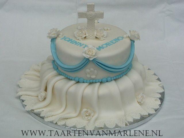communie taart met plooien en 3D kruis