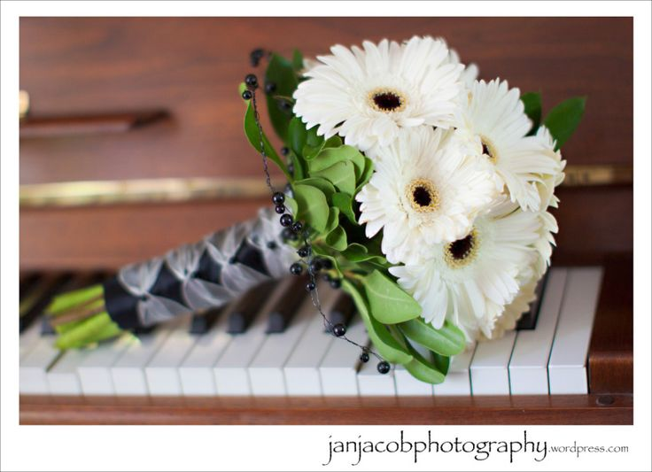 White gerber daisy bouquet.  Jan Jacob Photography