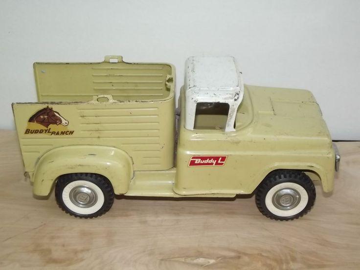 Exceptional Vintage Toy Trucks Part - 6: Vintage 1960u0027s Pressed Steel Buddy L Ranch Horse Truck