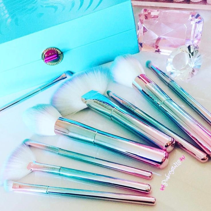 The GWA Unicorn Fantasy Collection in a sea of pink & turquoise Thank you @pinkcrystal18 for this super cute pic of our cruelty free makeup brushes! www.girlswithattitude.co.uk ✨ #GWALondon