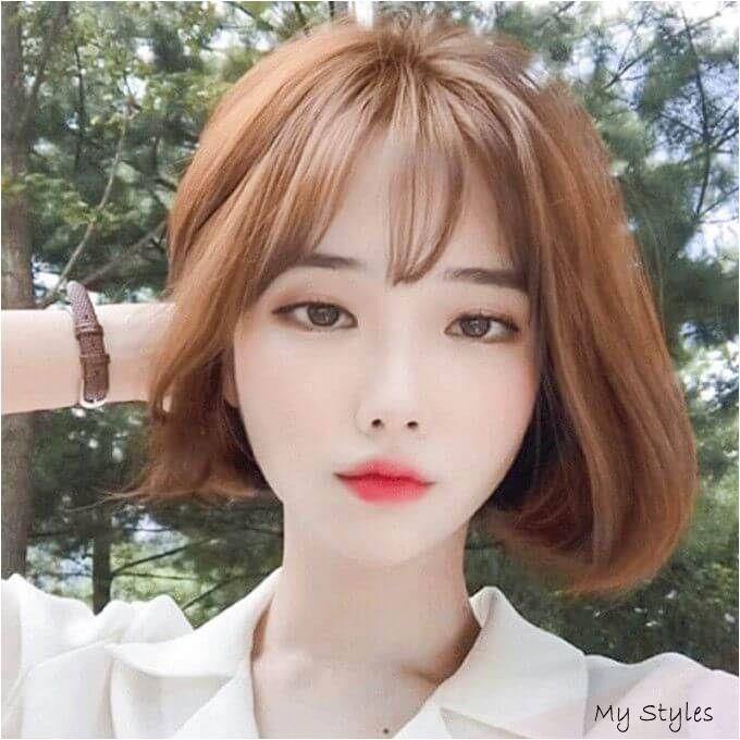 Over 20 Korean Short Haircuts For Round Faces Hair Trends Hairstyles In 2020 Short Hair Styles For Round Faces Short Hair Styles Korean Short Hair