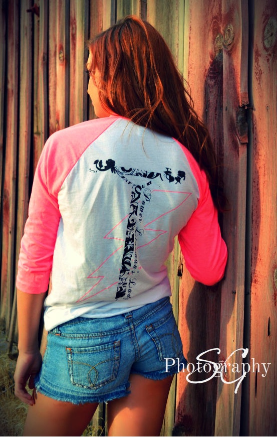 Floral power pole, two tone women's T.  Rhinestone left chest.