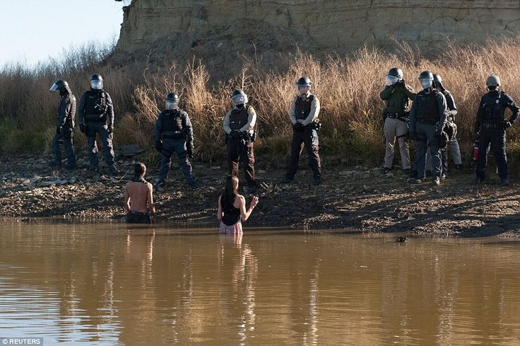 Sheriffs LEAVE Standing Rock, Saying 'It's Completely Unethical' - Counter Current News