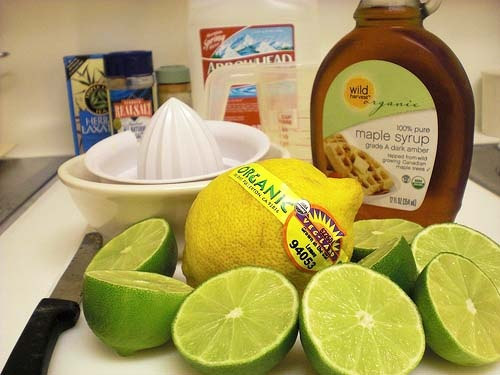 How to detox every day. Warm Water & Lemon+ Exercise+Green Juice and other adds ons (like dandelion tea).