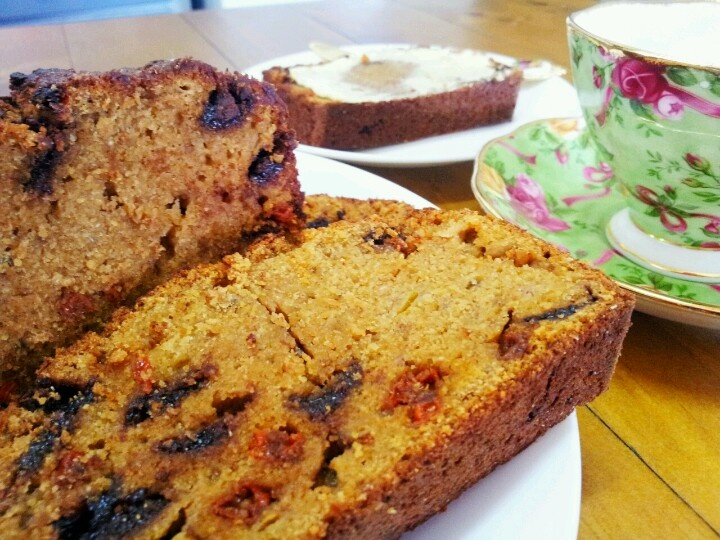 Goji berry,banana& choc chip loaf.. Made with wholemeal spelt flour.