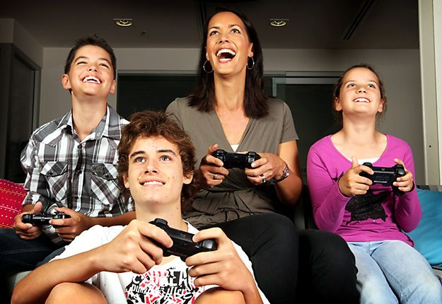fun games online such as word #games and #puzzles reduce the risk of Alzheimer's disease.