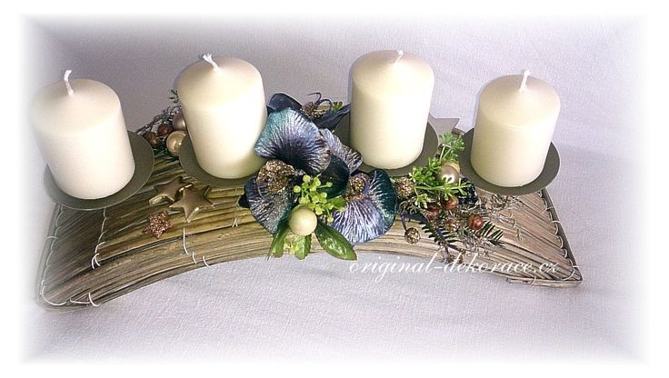 Svícen - oblouk proutí, šedá patina a modrá orchidea - vánoční dekorace na stůl