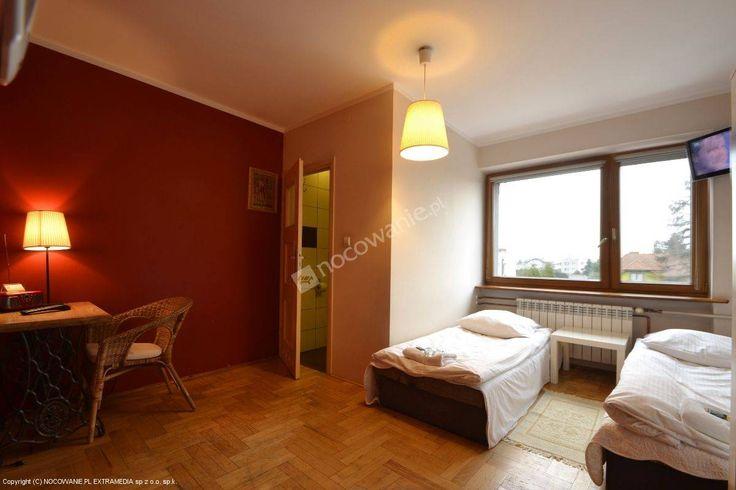 """Pensjonat """"Po Drodze"""" czeka na strudzonych wędrowców. Polecamy: http://www.nocowanie.pl/noclegi/poznan/pensjonaty/58017/ #accommodation"""