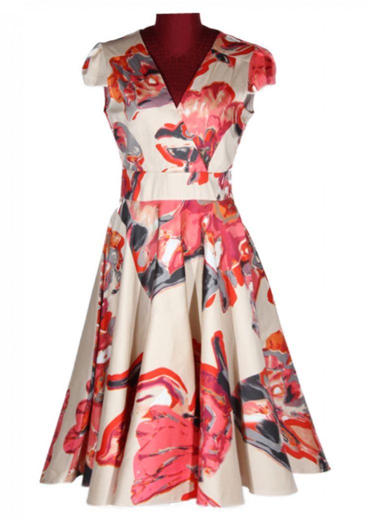 Rochie clos cu decolteu in V si imprimeu floral rosu