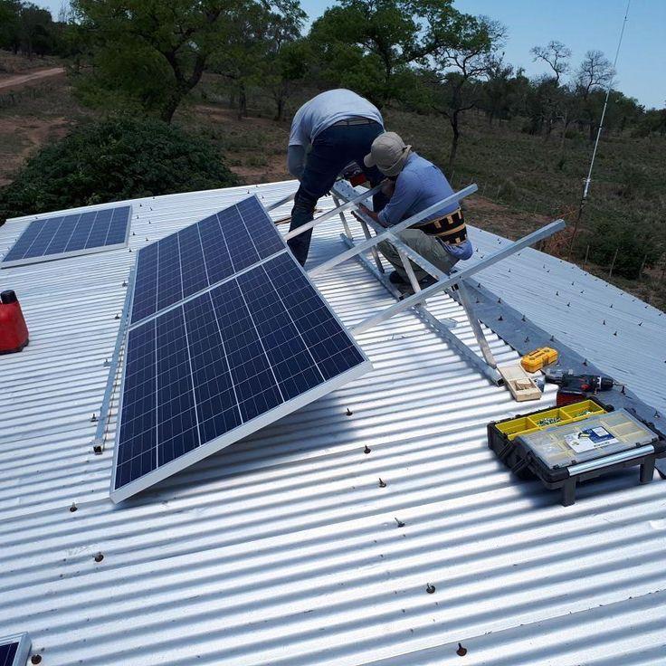 #Instalacion de #PuestoRural 1Kw #OffGrid con Heladera de @as_renovables en Joaquin V Gonzalez #Salta #Argentina #ProducirMejor #Ganaderia @crea_arg #Sustentable #Eco #SentidoComun #Autonomía #PV #GoSolar #GoGreen #CleanEnergy #Change #Jobs #SustainableAgriculture #Positive #SmartGrowth #KeepBlue #Sustainability #RenewableEnergy  #Ahorro #PositiveEnergy #CommonSense #arquitecturasustentable @m.biosolar #ConElCampo @Schulte9375 @brownbeltreme