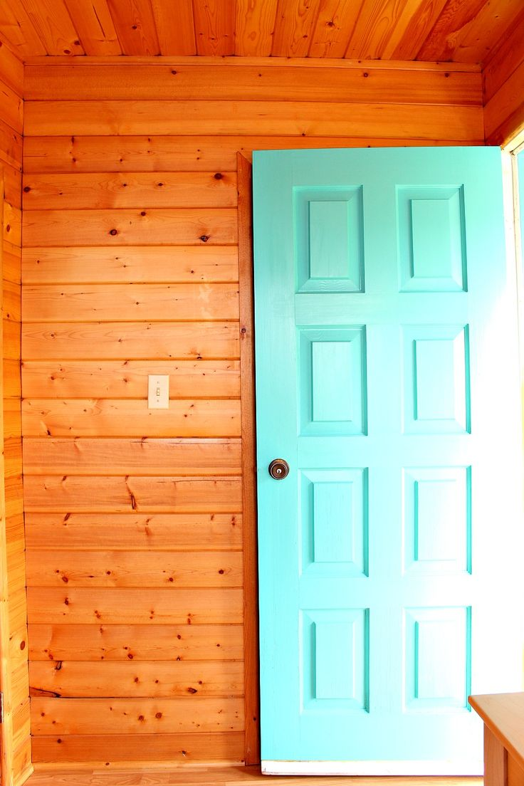 Turquoise Front Door and Natural Pine Walls // Sweet and Simple Scandinavian Inspired Guesthouse Bunkie Makeover