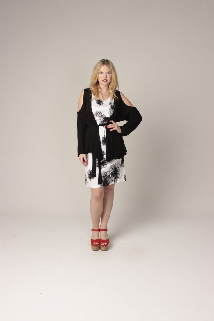 TCD spring 13 - cut out cardi and yes dress. curvy summer fashion size 12-24
