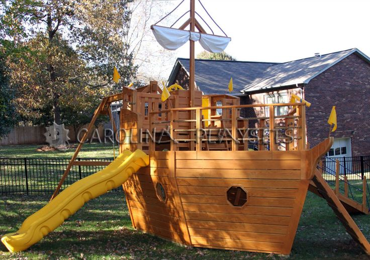 17 images about pirate tree house on pinterest play - Wooden pirate ship playhouse ...