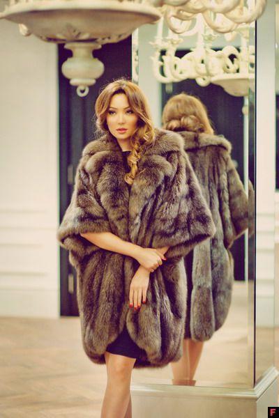 163 best Sable furs images on Pinterest | Furs, Fur coats and Fur ...
