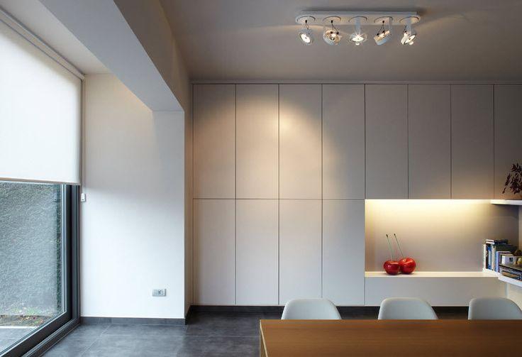Inbuilt wall storage