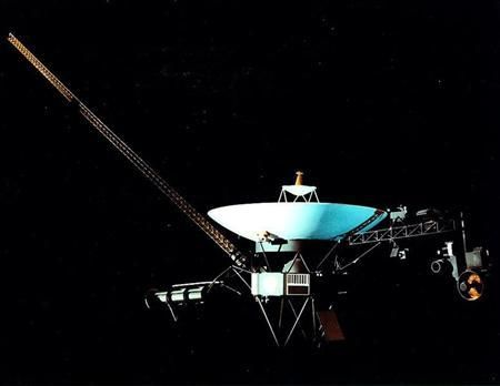 By Chris Wickham LONDON | Fri Jun 15, 2012 12:36pm EDT (Reuters) - The Voyager 1 space probe has reached the edge of the solar system, extending its record for being the most distant man-made object in space.