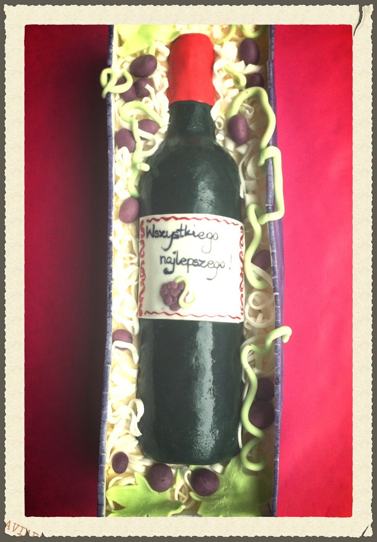 Tort urodzinowy - butelka wina