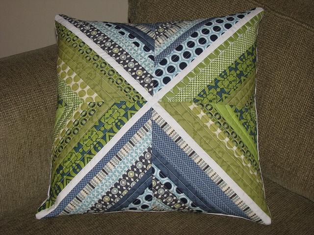 Pretty pillow. Pillow IdeasPillow TalkThe ... & 36 best Pillow Ideas images on Pinterest | Cushions Pillow ideas ... pillowsntoast.com