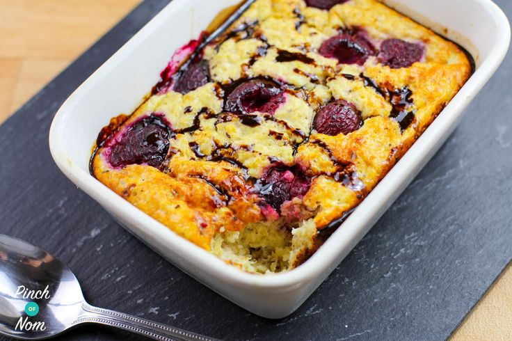 Regular visitors to our website and our Facebook group will know that Baked Oats have become something of a trend recently. So here's our latest addition –Low Syn Turkish Delight Baked Oats. This one was suggested by Mary H via our Facebook page, and being huge fans of Turkish Delight we thought why not give…