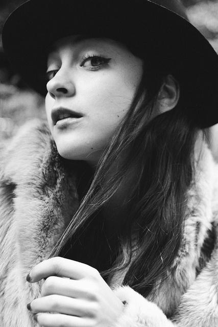 Lourdes Russian red by Laura Encursiva, via Flickr 2008