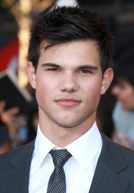 Hottie of the Day - Taylor Lautner