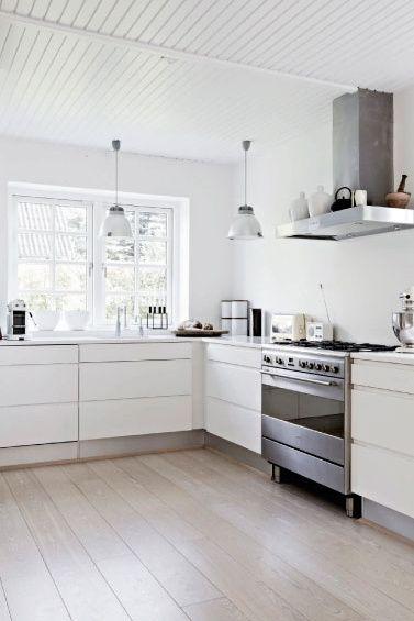 All white kitchen | La maison d'Anna G.