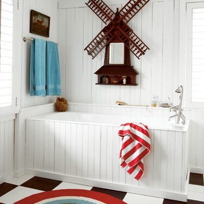 Give your bath a nautical look with sailing details.