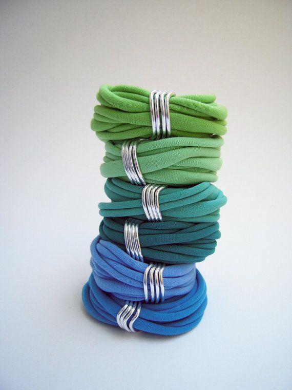 The+loop+bracelet++handmade+in+fabric+by+birdienumnumshop+on+Etsy,+$5.00