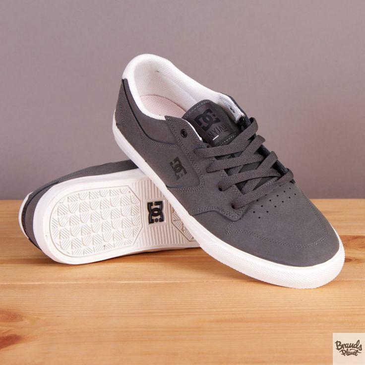 Szare buty sportowe na wulkanizowanej podeszwie DC buty na deskorolkę Nyjah Vulc SE Dark Shadow / www.brandsplanet.pl / #dc shoes #skateboarding