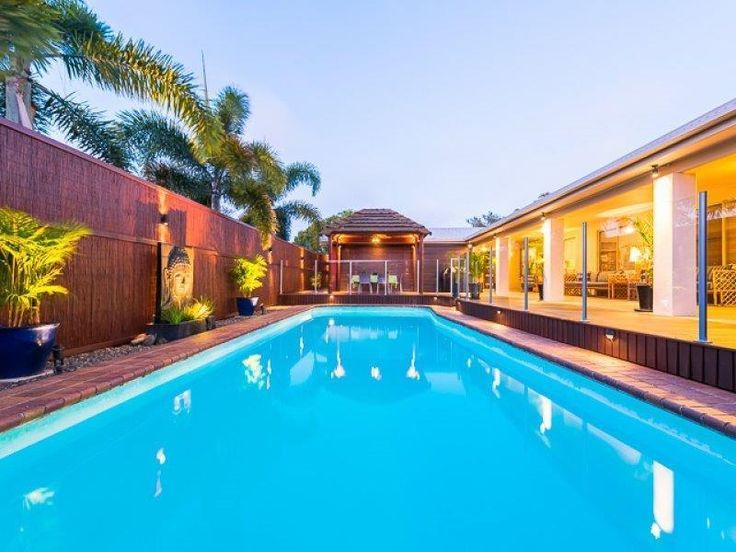 27 Charles Hodge Avenue Mount Pleasant QLD