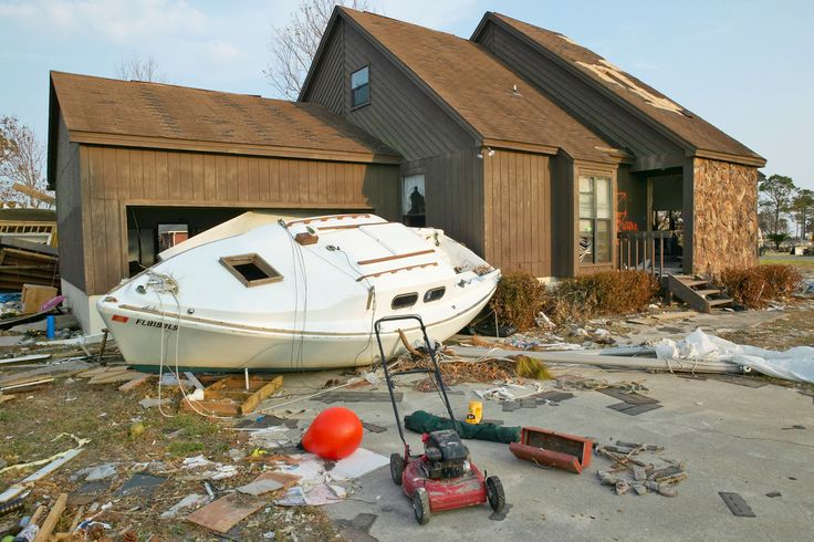 Hurricane Ivan, 2004. Ivan struck as a major Category 5 storm and affected Louisiana, Texas and Florida. It led to heavy rainfall up to 10-15 inches. Property worth $18.2 billion (in 2004 dollars) was devastated and 25 people were killed.