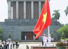 Free things to do in #Hanoi - visit Ba Dinh Square, a shrine to Ho Chi Minh, Vietnam's famous leader in the 20th century.