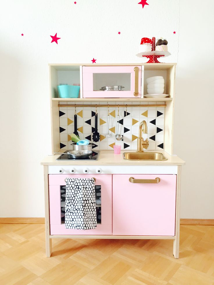 pimp your duktig kinderk che sie ist und wundersch n. Black Bedroom Furniture Sets. Home Design Ideas