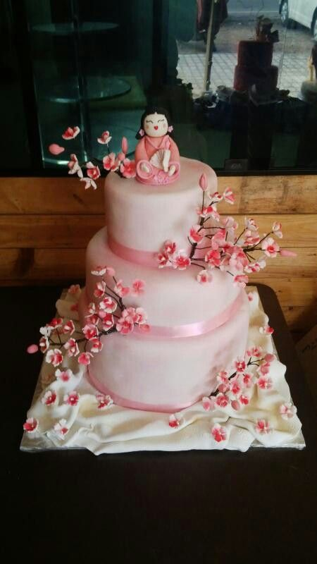 1000 Images About Kokeshi Kimi Doll Cakes Cupcakes
