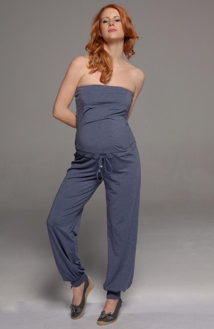 Salopette de Grossesse http://www.mammafashion.com/vetement-pantalons_grossesse_casual-femme-enceinte-overall-2217.php