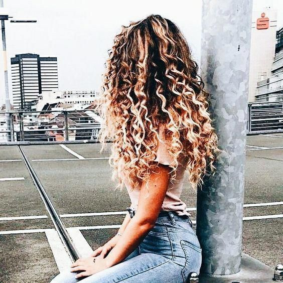 long curly hairstyles; 90s curly hair; naturally curly hairstyles; easy curly hairs; cute curly hairstyles; messy curly hairstyles; curly hairstyles f...