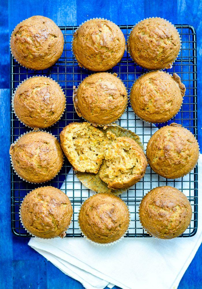 Przepis na marchewkowe muffiny idealne na podwieczorek lub drugie śniadanie szczególnie posmakuje dzieciom. Idealne! Wilgotne! Mało słodkie!