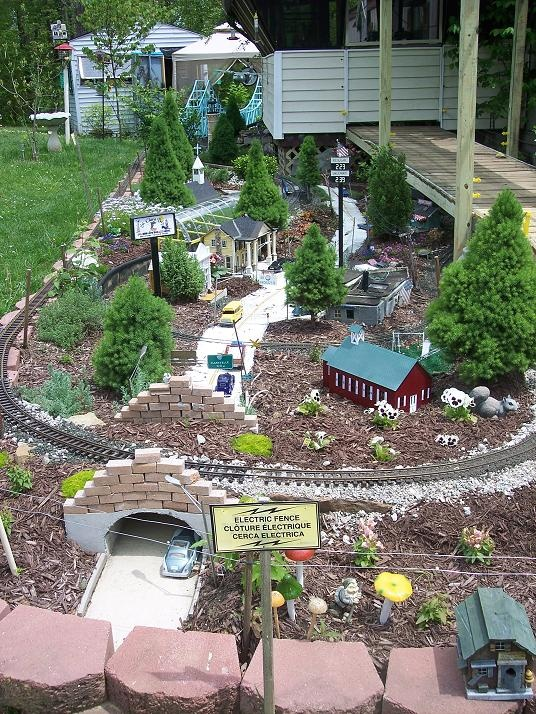 102 Best Images About Garden Railroads On Pinterest
