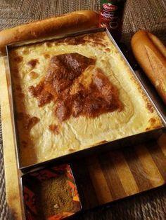 """La kalentika appelée aussi """"garentita"""" à Alger est l'une des plus populaire spécialité Algérienne, cette recette à base de farine de pois chiche est à la porté de tous et est fort appréciée dans les menages ainsi que dans la rue. Elle se déguste très..."""