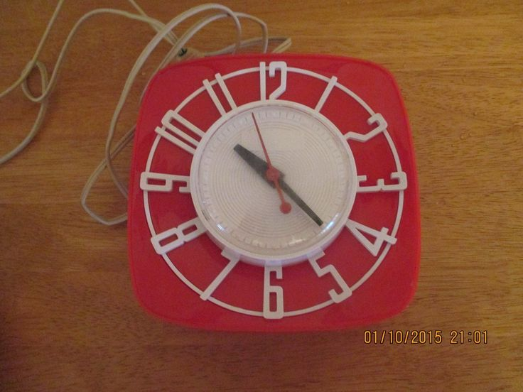 General Electric Red Kitchen Wall Clock Topper Red