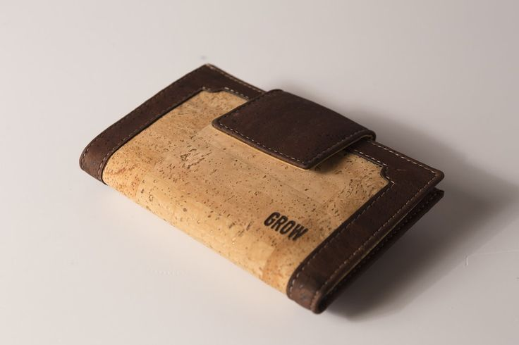Grow's Quercus Inopina Light Cork Wallet for Woman