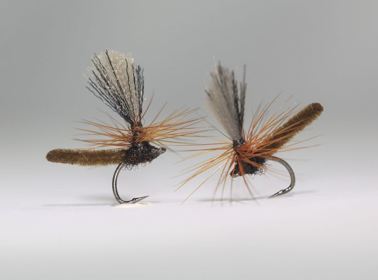 Pilligt men värt det. MicroDun på J:Son Ultimate Short Shank Dry Fly strl. 22